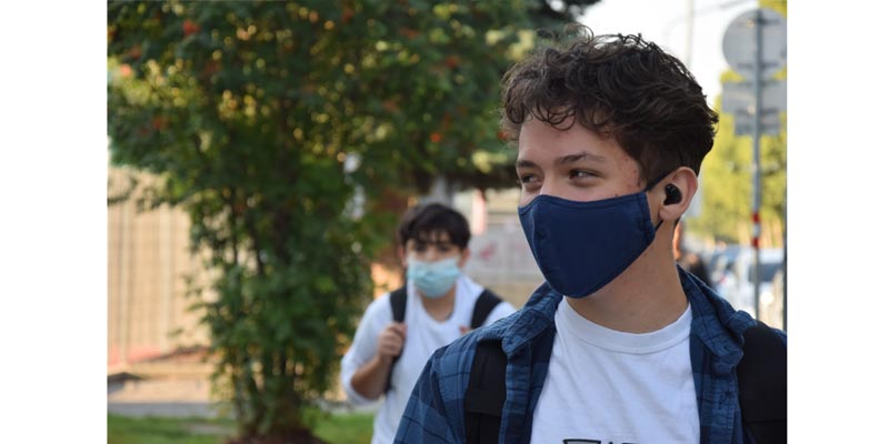 How Masks Hinder Communication